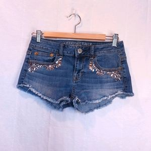 AMERICAN EAGLE OUTFITTERS ♡ Ladies Jean Cutoffs